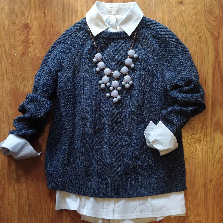 A classic look from Tyler Böe with a periwinkle Bubble necklace.  #tylerboe #fall #sweaters #accessorize