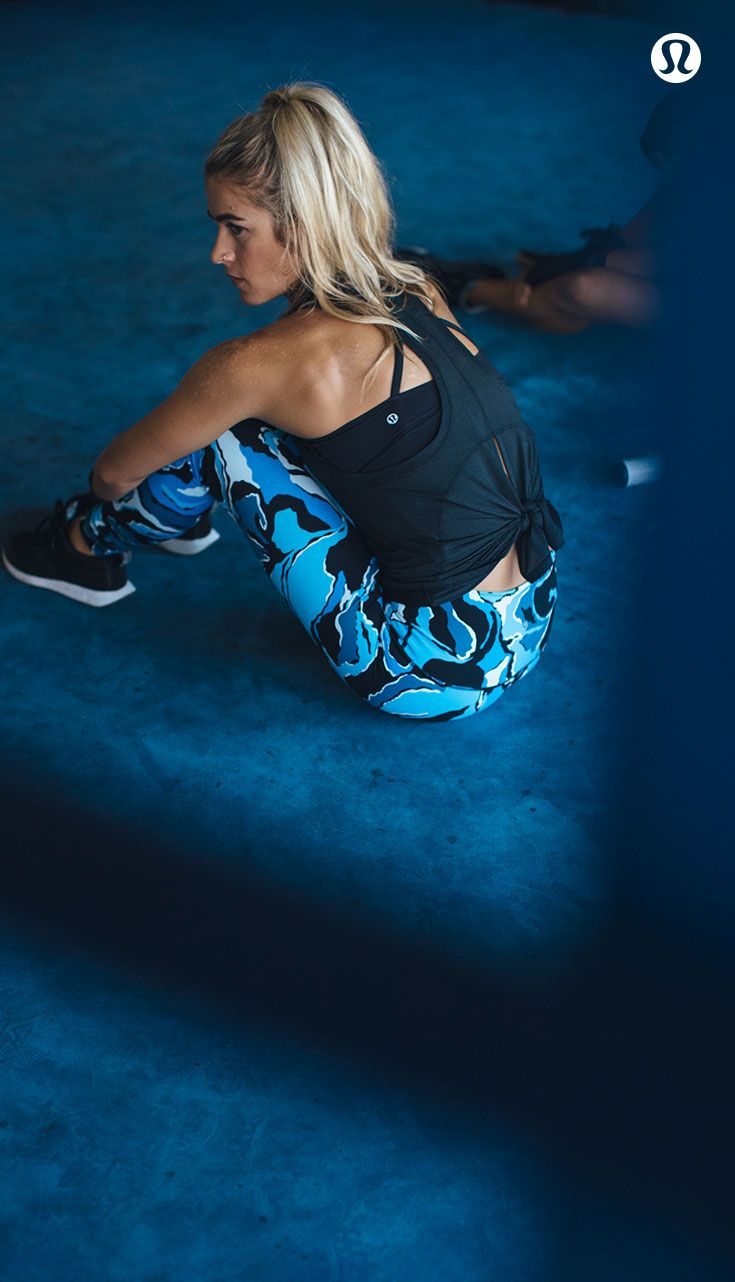 Find focus. Move towards your goals in distraction-free lululemon training gear.