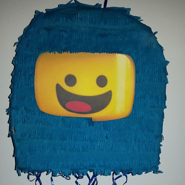 "The Lego Movie ""Benny"" Pinyata!"