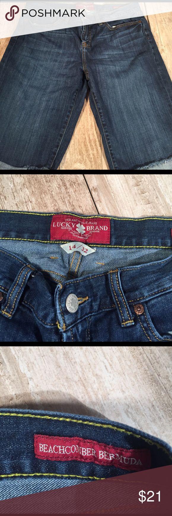 Lucky brand woman's beachcomber Bermuda shorts Lucky brand size 14/32 beachcomber Bermuda shorts Lucky Brand Shorts Bermudas