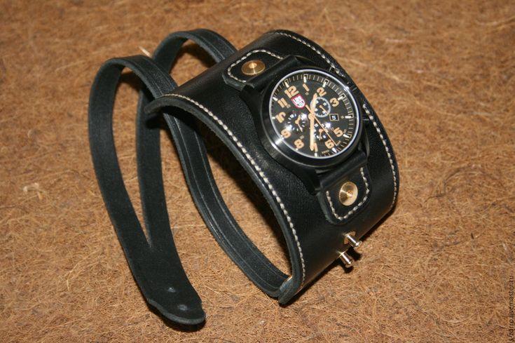 Купить или заказать Ремешок для часов(браслет-напульсник) в интернет-магазине на Ярмарке Мастеров. Ремешок-браслет для часов,из натуральной кожи КРС 3 мм.Сделан на заказ в виде напульсника. высококачественная латунная фурнитура пр-ва Италии.Прошивка вручную-вощеная нить 1 мм.