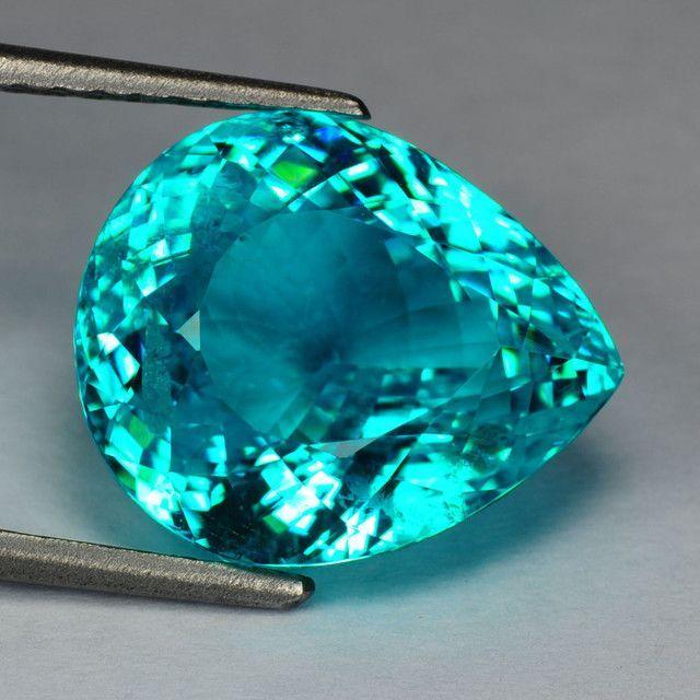 11.03cts - pear - vvs - 100% natural - brazilian paraiba gem! Beautiful colored Gem!#crystalline#slise#gemstone,mineral,geodes,presious