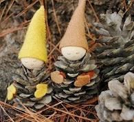 weebloomhere: Making Pinecone Gnomes.  this site is a great source for puppet-making ideas.