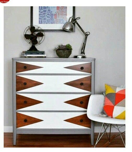 25 beste idee n over dressoirs versieren op pinterest dressoir make overs afgewerkt - Verf credenza ...