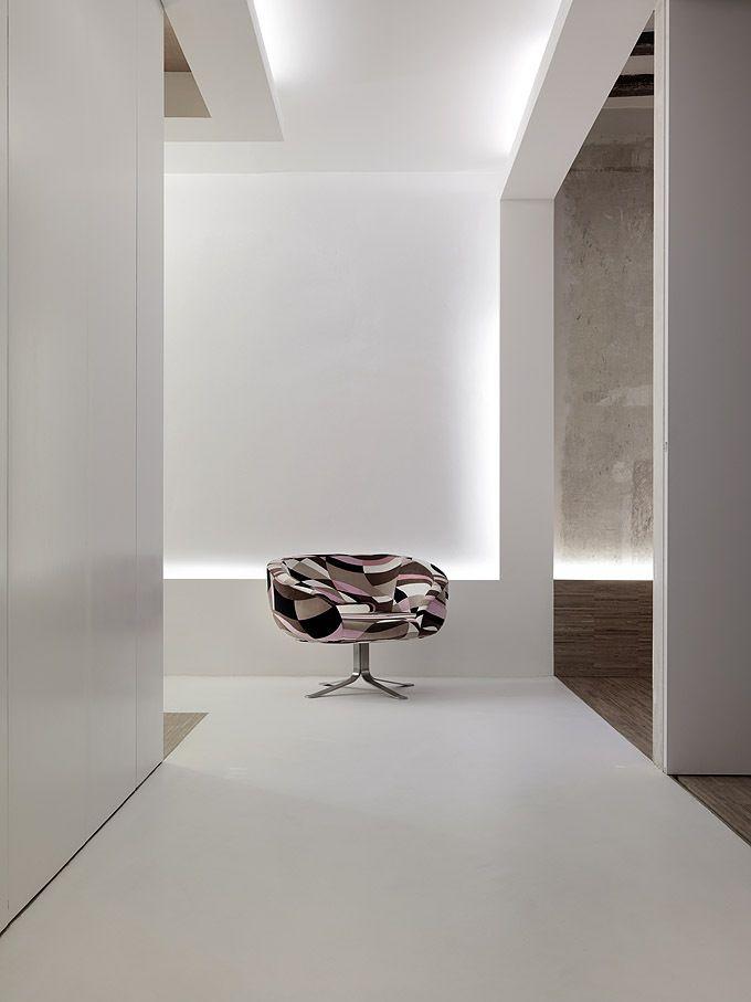 Loft in Barcelona by Gus Wüstemann Architects
