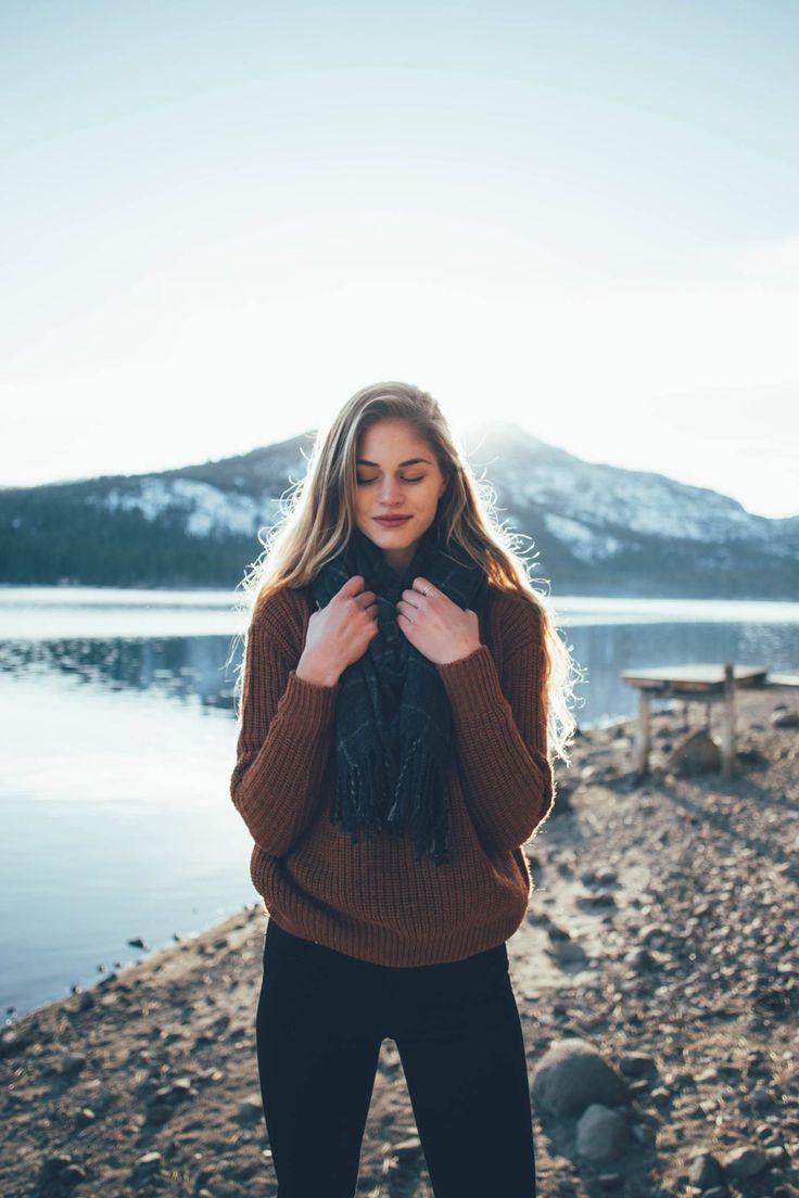burnt orange sweater + teal dark green blanket scarf + skinny jeans black