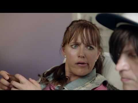 Väkivallasta perheessä saa puhua - YouTube