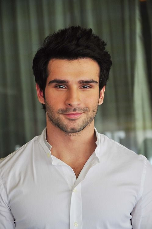 Girish Kumar - Bollywood actor
