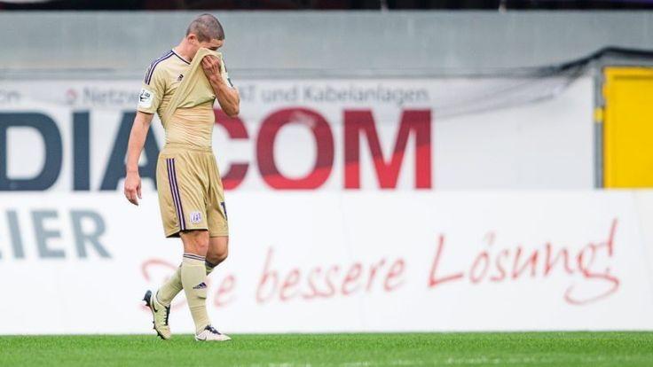 Der VfL Osnabrück hat in Paderborn verdient verloren. Adam Susac ist traurig. Foto: Fotostand