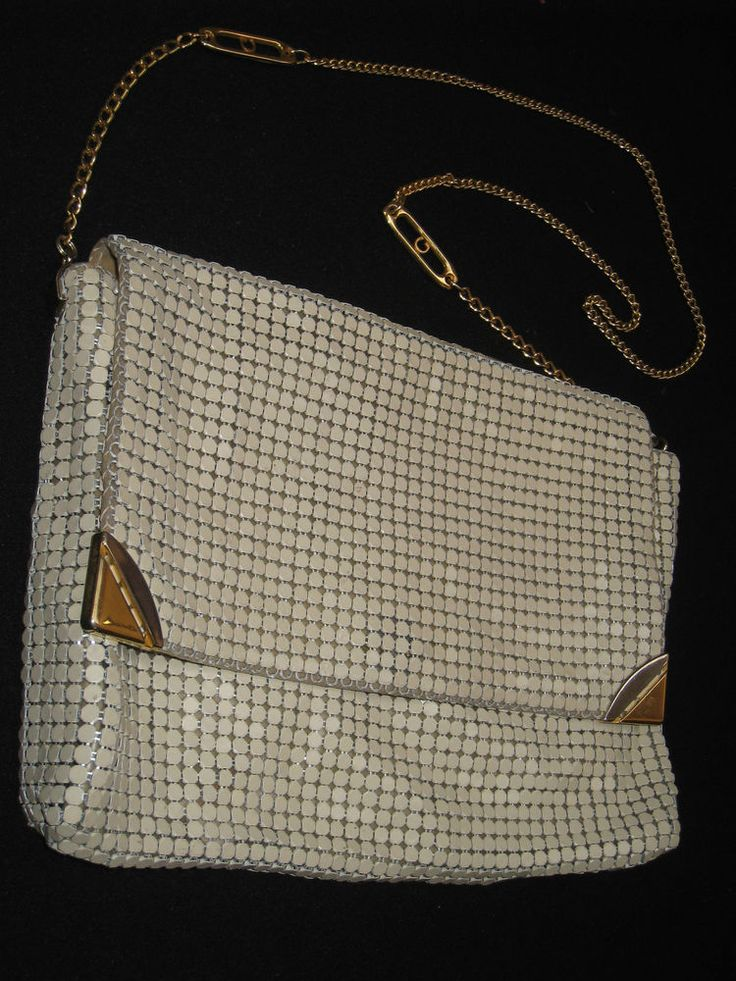 Retro Glamour 1980s Glomesh Shoulder Bag Beige Evening Gold Chain
