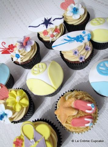 VW Campervan & Surfing Cupcakes