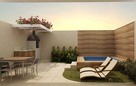 Pérgola com trepadeira e piscina pequena alta com madeira em volta