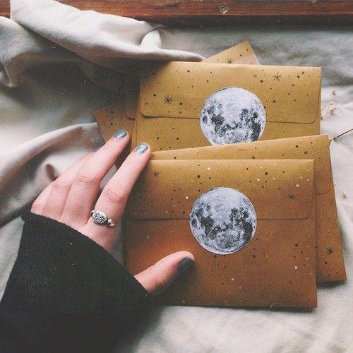 Imagen de moon, grunge, and letters