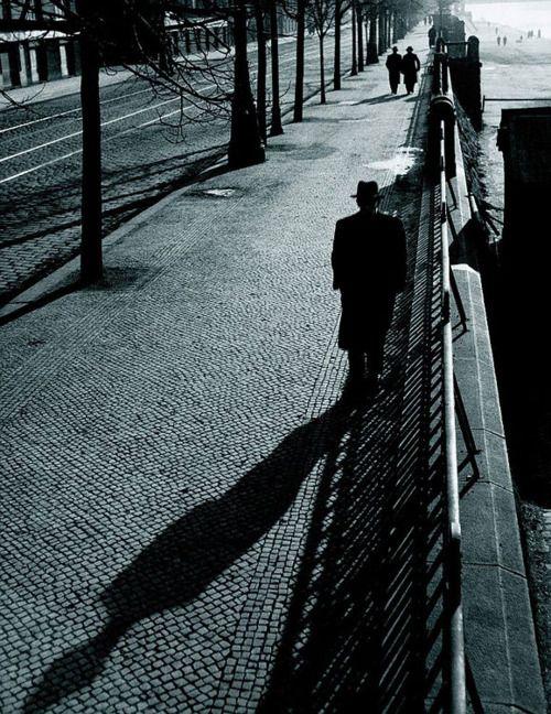 Nábřeží, Prague, 1943, photo by Václav Chochola