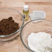 How to Make Homemade Glycolic Acid | Dr. Oz says Glycolic acid is an AHA for wrinkles. Don't put toxic crap on your skin. Do a natural DIY. LIVESTRONG.COM
