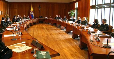 El máximo tribunal de Colombia se pronuncia sobre el papel de las FARC en la política http://musabesailefayad.com/el-maximo-tribunal-de-colombia-se-pronuncia-sobre-el-papel-de-las-farc-en-la-politica/