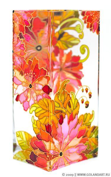 Витражная роспись по стеклу. Ваза из серии «Осенние цветы».