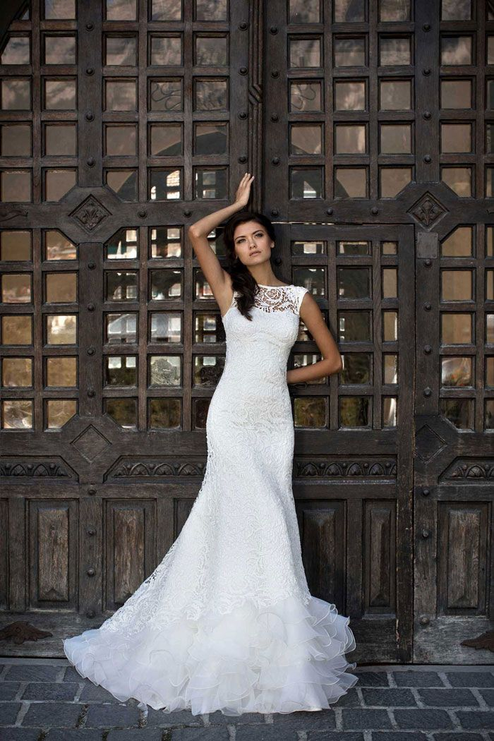Najkrajšie krajkované svadobné šaty na predaj