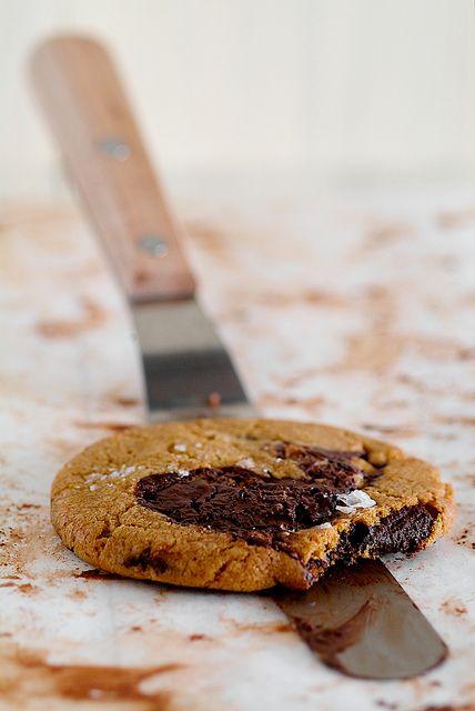consummate chocOlate chip cookies