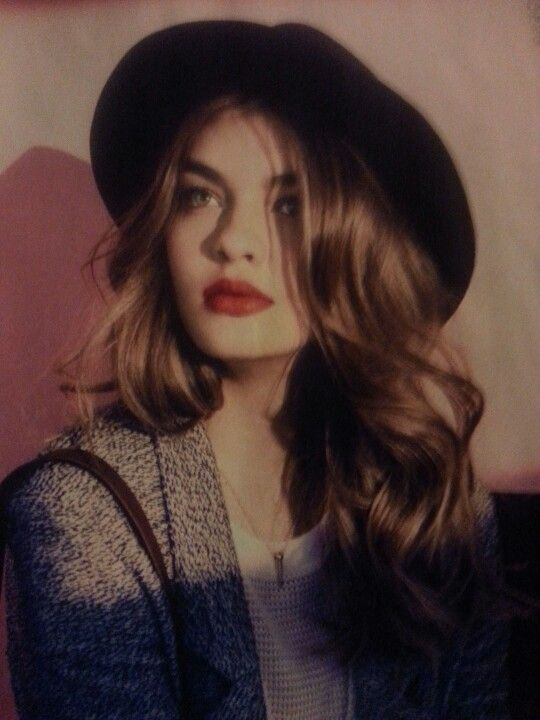 French chic, love her hair and makeup.