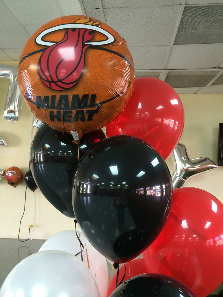 Miami Heat balloon decoration. Balloon centerpiece Miami Heat theme party decoration
