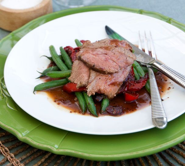 Venison Roast with Cranberry and Red Pepper Sauce