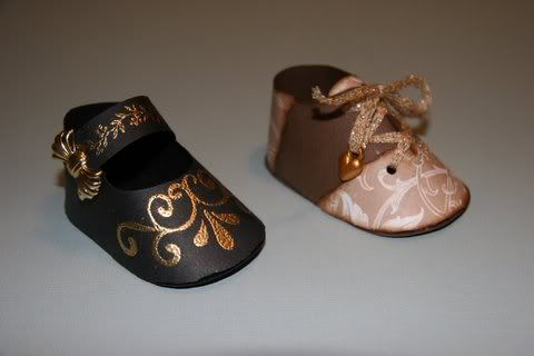 paper baby shoes!!