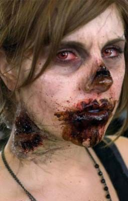 Holy shit this looks soooo real! These makeup artists are amazing!!! Complete with bloodshot eyes and everything!