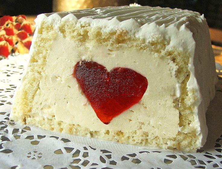 Торт ЛЮБЛЮ для влюбленных