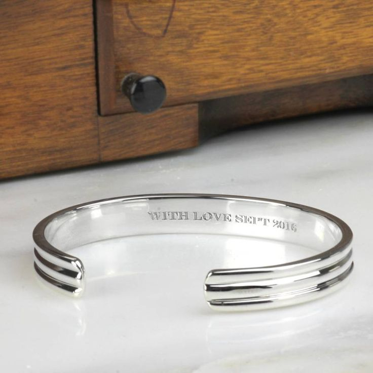Mens Ribbed Solid Silver Bracelet