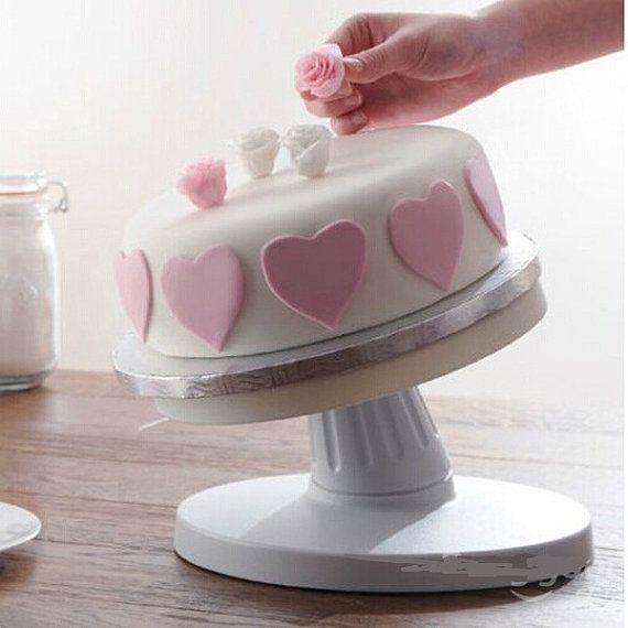 Adjustable Tiltable Cake Decorating by RUSTIKOcakeDecoratio