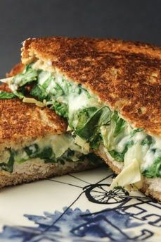 Spinach Artichoke Grilled Cheese (omg yes!) and 9 other Comfort Foods Under 500 Calories via @PureWow