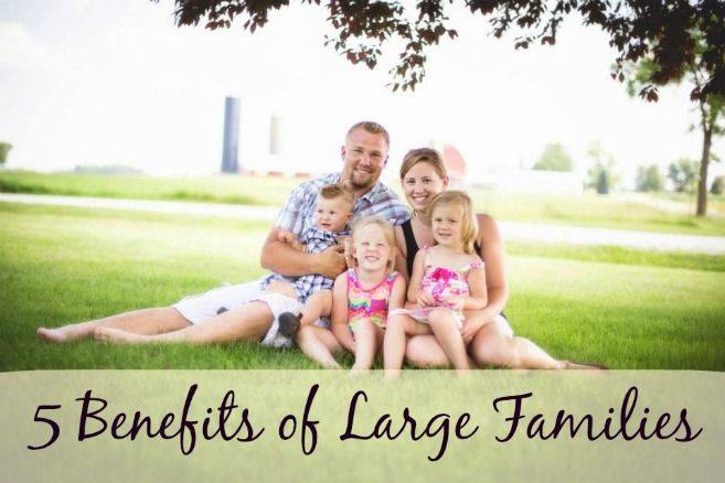 Four kids? Sounds like a great number to me. Check out these 5 benefits to having a large family!