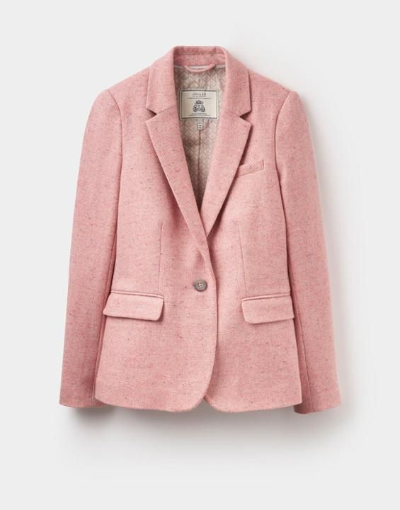 Been after a tweed jacket for so long! Could this be the one?! 💖