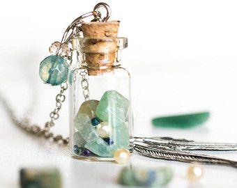 GREEN HARMONY POTION / Fertility necklace / fertility jewelry / harmony necklace / balance necklace / potion bottle / potion necklace
