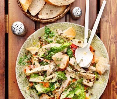 Caesarsallad med örtgrillad kyckling