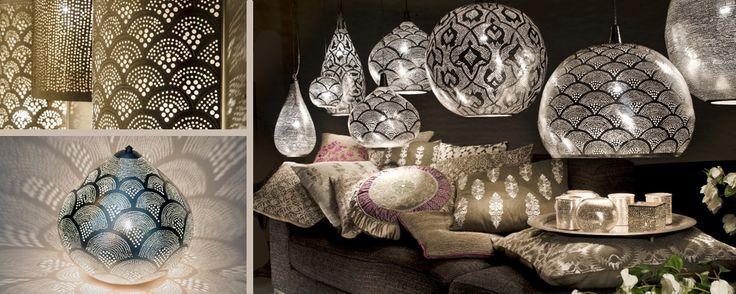 Sie finden bei uns eine unglaublich grosse Auswahl an orientalische Lampen für unterschiedliche Einsatzbereiche. Die Leuchten bestehen aus dem Grundmaterial Messing. In liebevoller Handarbeit, übrigens ein altes Traditionshandwerk,...