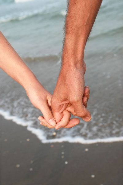 sweet walk on the beach <3: Healthy Relationship, Life, Sweet, Wedding, The Beach, Romance, Relationships, Holding Hands