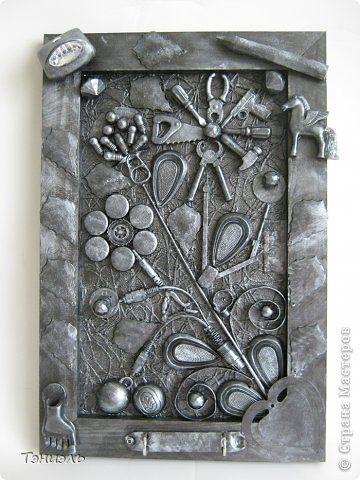 Картина панно рисунок 23 февраля Аппликация Цветик-семицветик Материал бросовый фото 1