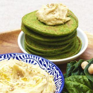 Pancakes de espinacas con hummus - BLW Recetas