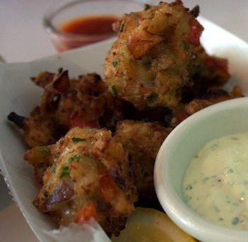 What's for dinner tonight?  Clam Fritters!  Neat recipe on wow to make tasty clam cakes. #ilovegoodfood