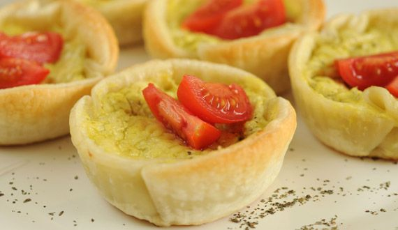 Tartaletas mini de Albahaca y Queso Parmesano