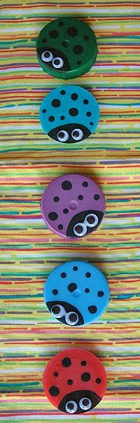 Plastic Lid Ladybugs - Crafts by Amanda