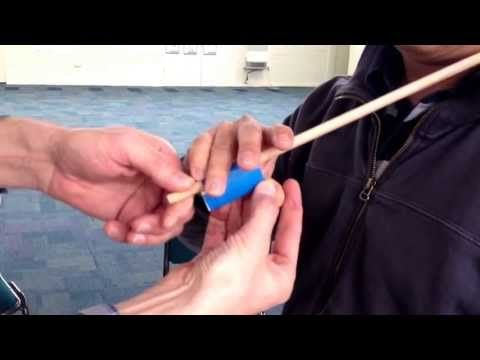 ▶ Making a Bow Hold - Suzuki Violin Lessons for Parents - YouTube