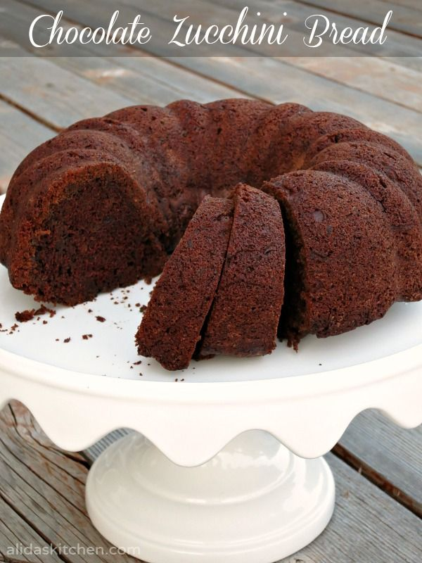 Chocolate Zucchini Bread | Bundt Cake {alidaskitchen.com}