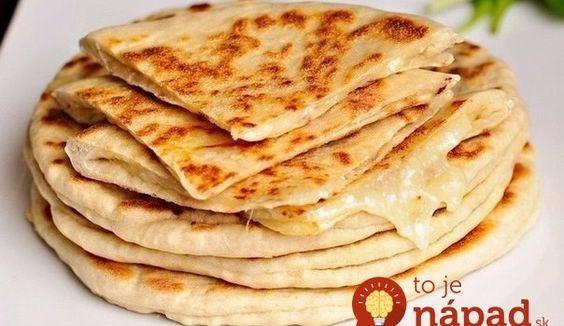 Chlebové placky plnené syrom!