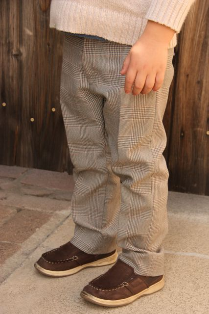 Old Men's Pants to Boy's Skinny Slacks (with a working fly you don't have to sew!)