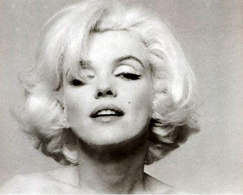 Marilyn Monroe - love the hair