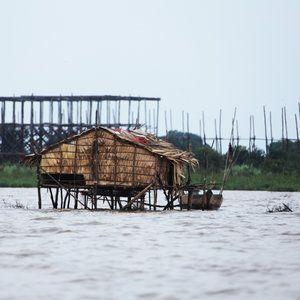 Hammock swinging, kids singing, pet crocodiles and snakes, floating villages, stilted houses and tuk-tuk adventures - Tonle Sap, Cambodia