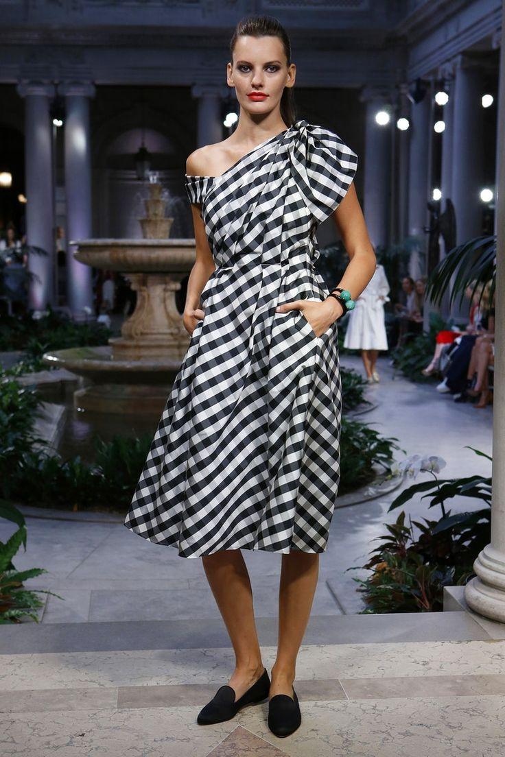 Carolina Herrera | Ready-to-Wear Spring 2017 | Look 25